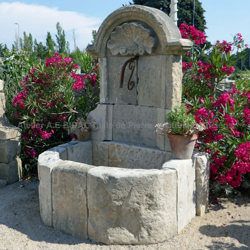 The antique materials Bidal in Provence carefully divert real old stones for beautiful fountains.