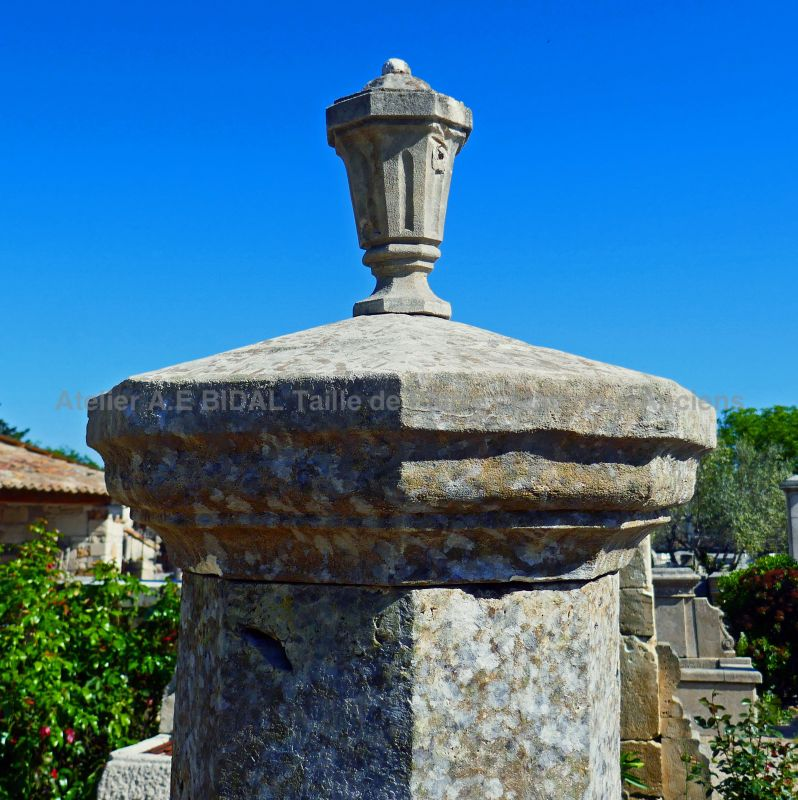 Provence fountain in stone by Alain BIDAL Antique Materials in Provence