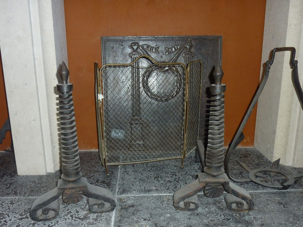 Other antique fireplaces accessories