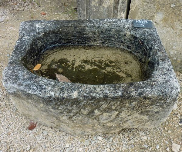Nice rectangular basin made of granite in a rustic basin style.