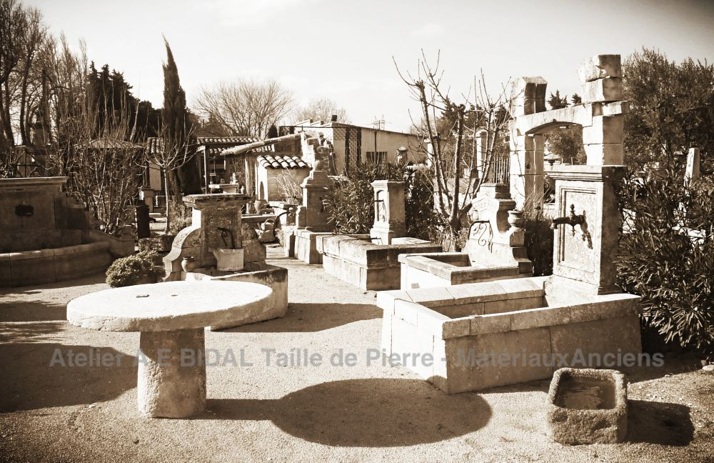 Sale of Reclaimed Materials | Bidal Antique Materials near Avignon in Provence