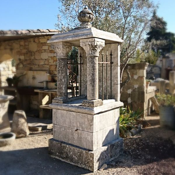 Ancient stone oratory ǀ Alain Bidal Antique Materials - Provence