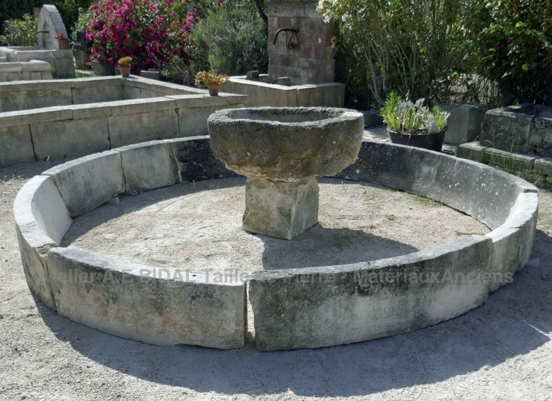 Antique stone pool in old stones for garden - Alain BIDAL Antique Materials in Provence.