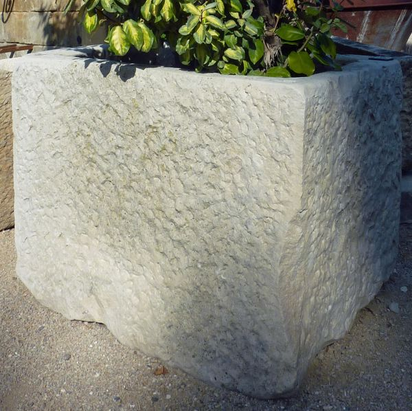 Massive and lovely old white stone basin, a cube shaped basin, ideal for garden decoration.