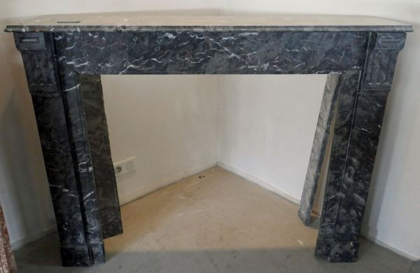 Black marble fireplace - A fine Louis 16 antique mantel in marble