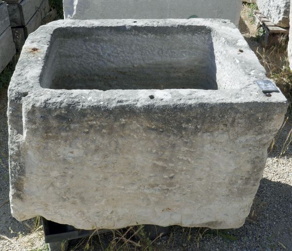 Beautiful and original old white stone basin - stone basin from the Provence area.