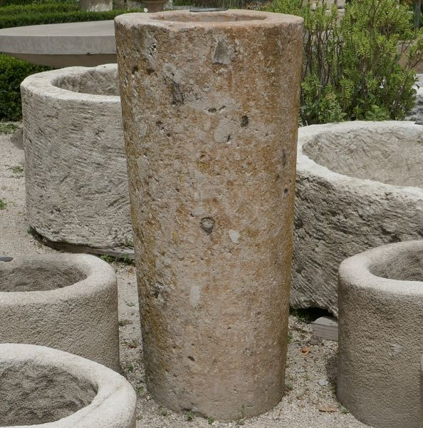 Elegant and tall antique stone trough - Tall round stone planter
