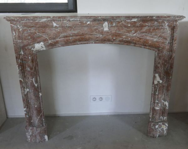 Red marble antique fireplace - 19th century mantel in marble.
