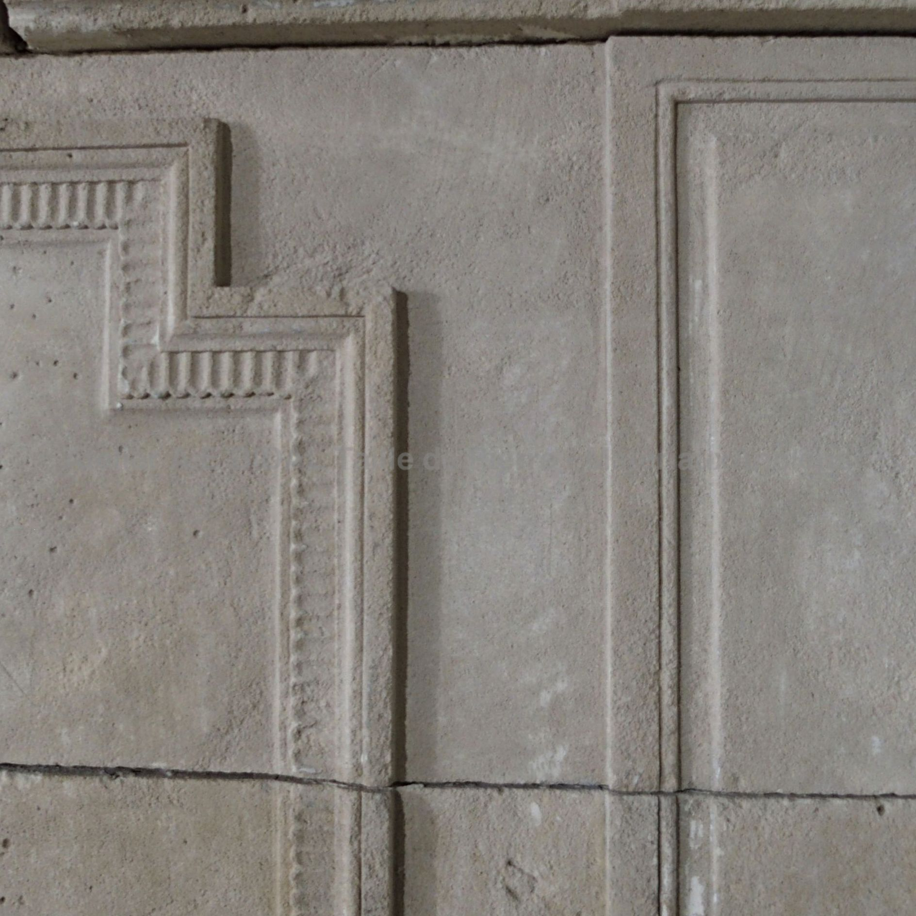Louis 16 geometric fireplace - Antique fireplace carved in stone.